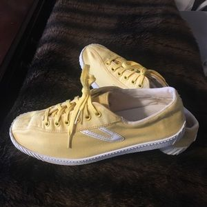 Yellow Tretorn Nylite Sneakers (9)